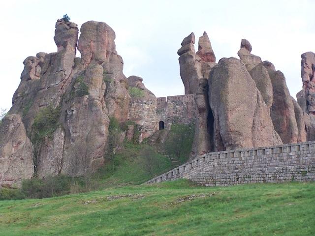 Белоградчишките скали (от Бургас)